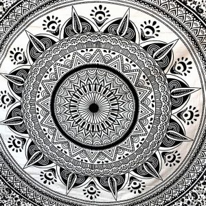 Tenture MANDALA DIWALI noir et blanc 2,40x2.20m-0